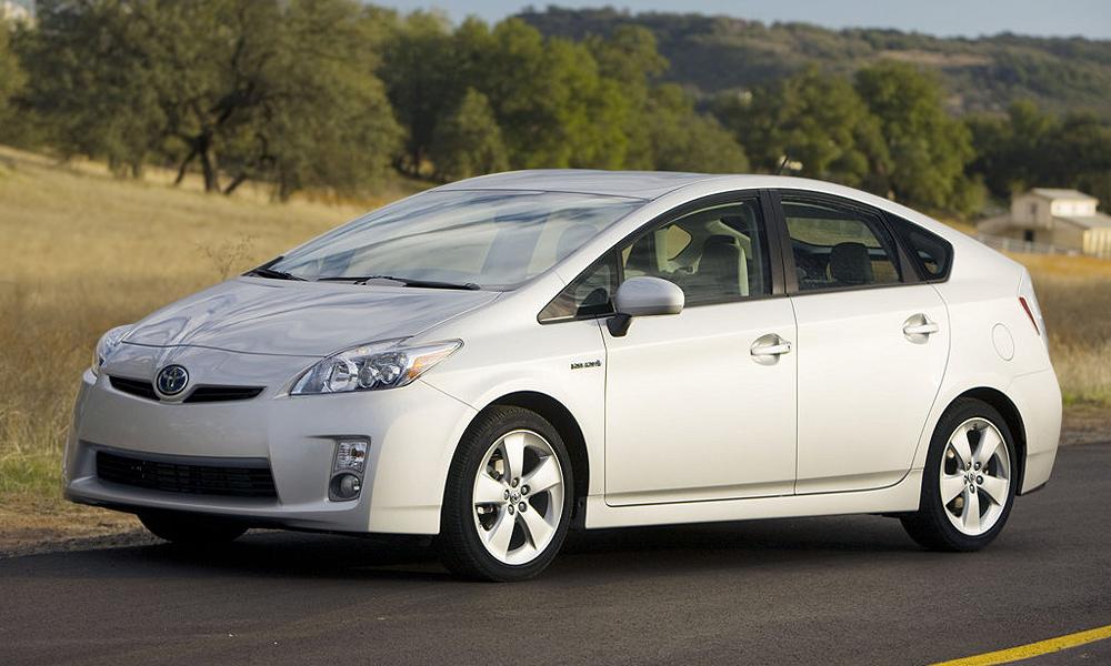Toyota отозвала первые 170 000 дефектных Prius