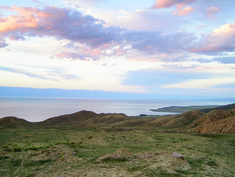 Южный берег озера Иссык-Куль, Киргизия