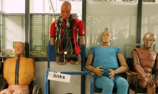 Для краш-тестов начнут использовать толстые манекены