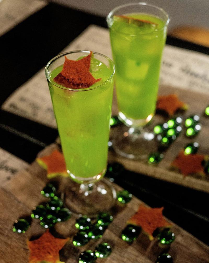 Ароматный коктейль на основе яблочного сидра с ромом и текилой вCook'kareku