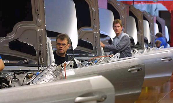 Ради матча Италия-Германия на заводе DaimlerChrysler отменили смену