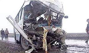 На трассе Москва – Петербург автобус врезался в фуру
