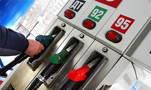 В России цены на бензин могут вырасти на 4 рубля до конца года