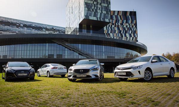 Пятно света. Тест Camry, Mondeo, i40 и Mazda6