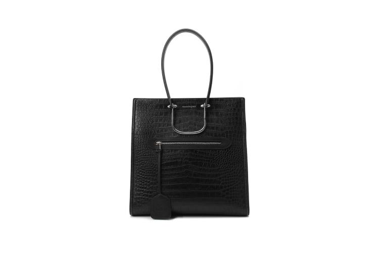 Женская сумка Alexander McQueen, 219 500 руб. (Третьяковский проезд)