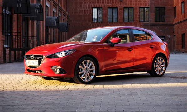Новая проекция. Тест-драйв Mazda3