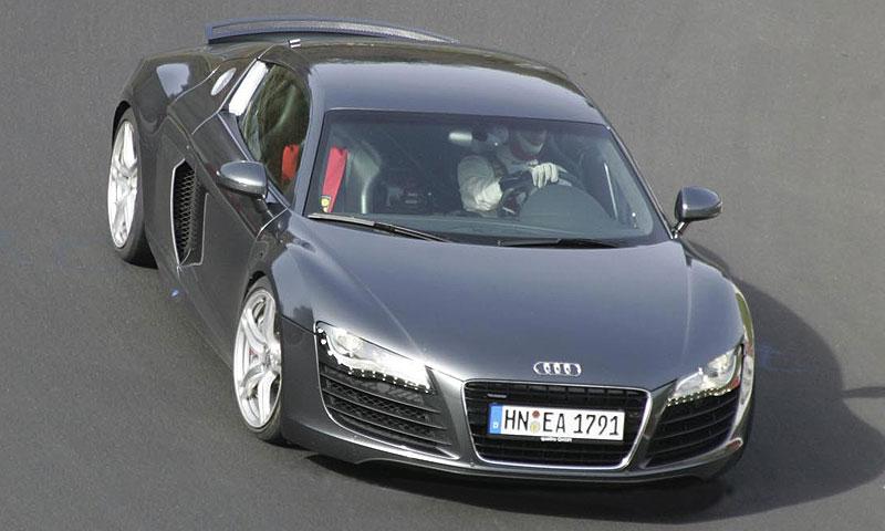 Audi RS8 2009