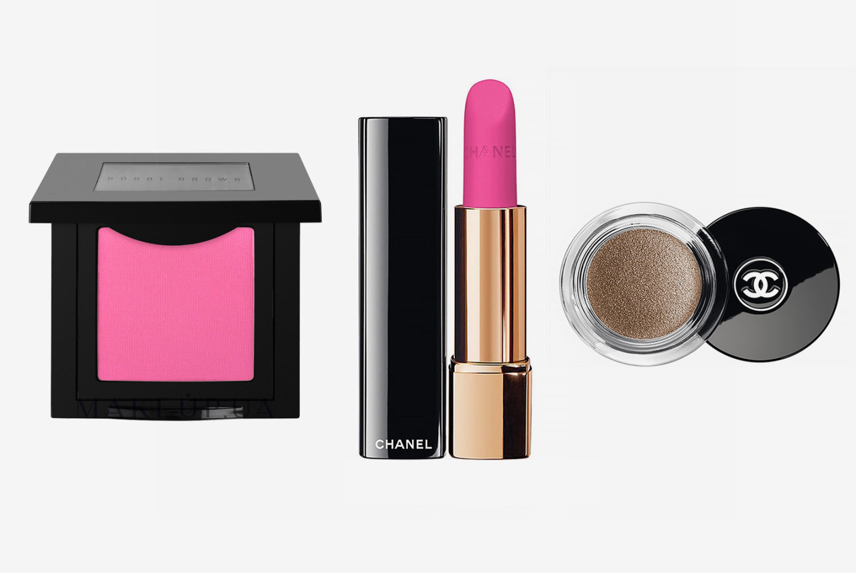 Румяна Sand Pink, Bobbi Brown; помада La Diva, Rouge Allure Velvet, Chanel; тени для век Mirage, Chanel