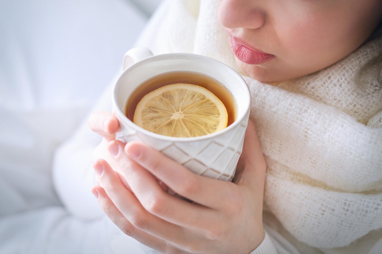 Чай с чабрецом незаменим во время простуды. Он поможет справиться с кашлем и поддержит иммунитет
