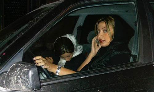 В Москве за минувшие сутки 4 женщины стали жертвами автомобильных воров