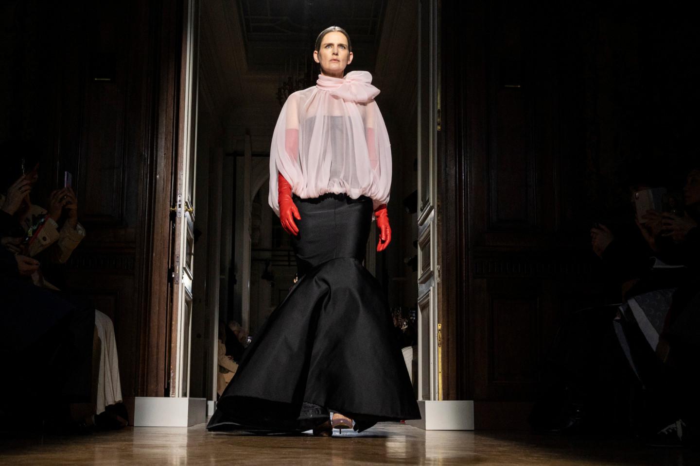 Последнее дефиле Стеллы Теннант на показе кутюрной коллекции Valentino, январь 2020 года