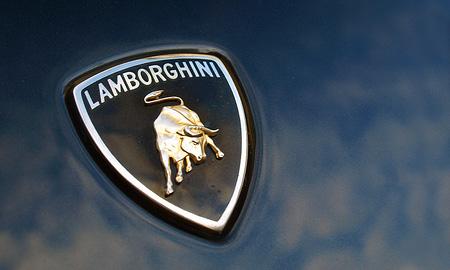 Новый Lamborghini Aventador будет двухместным