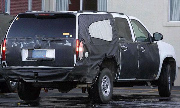 Chevrolet Suburban - вид сзади