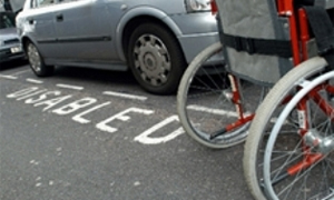 ГИБДД наведет порядок с парковочными местами для инвалидов