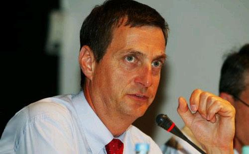 Председатель автомобильного отделения Bosch Бернд Бор