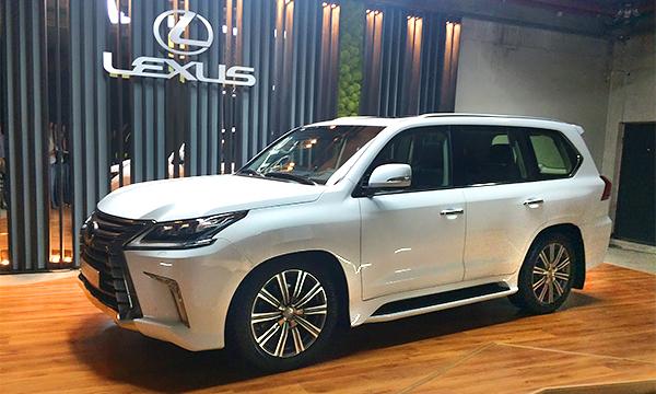 Lexus обновил внедорожник LX и назвал его российские цены