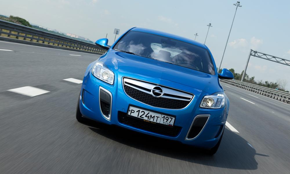Тест-драйв Opel Insignia OPC: с «автоматом» и без «ошейника»