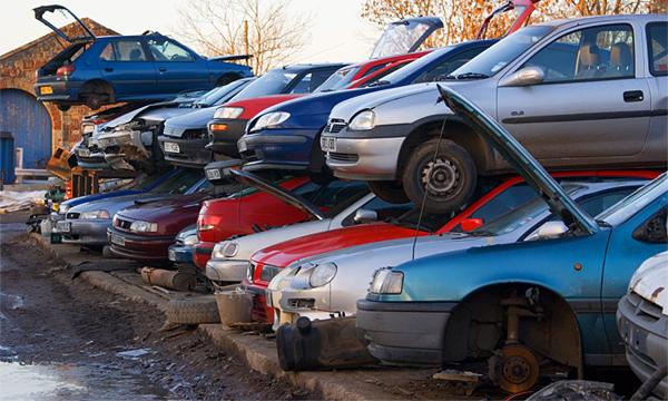 Старые автомобили утилизируют, а остальные запретят