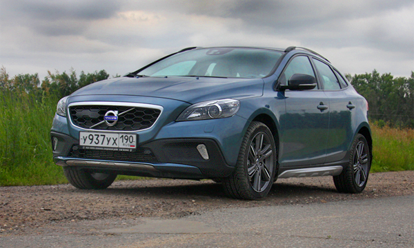 Лонг дринк. Тест-драйв Volvo V40 Cross Country