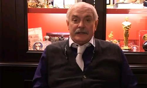 Никита Михалков вцепился в «мигалку»