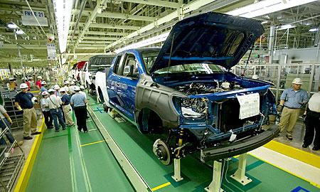 Toyota планирует побить рекорд производства в 2007 году