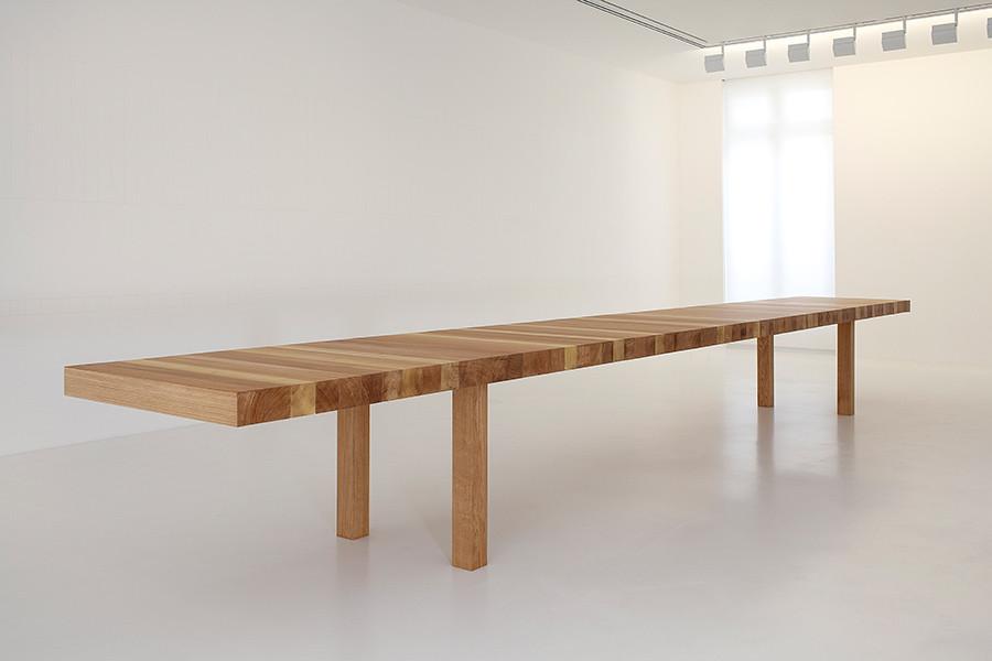 Стол Table au kilomètre, 2011