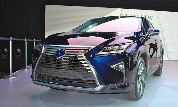 Новый Lexus RX в деталях
