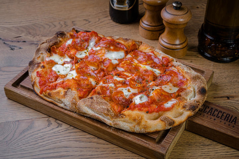 Римская пицца «Маргарита»