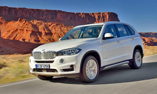 Стали известны рублевые цены нового BMW X5