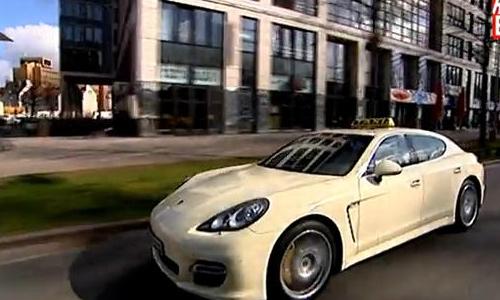 Porsche Panamera работает обычным такси