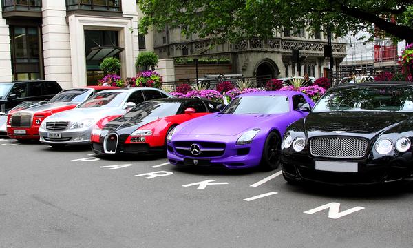 Налог на дорогие автомобили введут через полгода