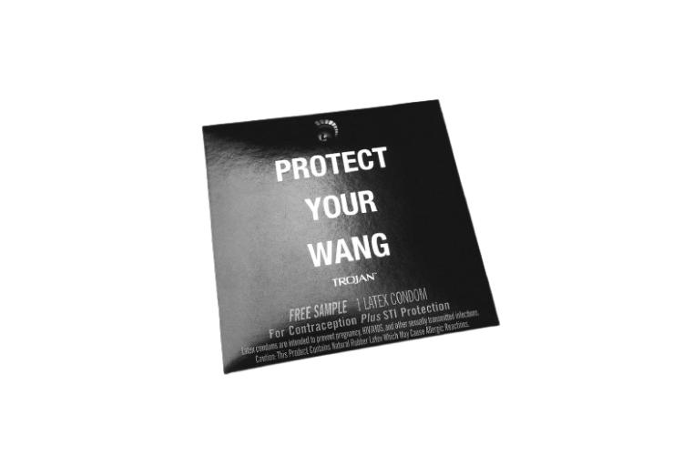 Презерватив, коллаборация Alexander Wang X Trojan