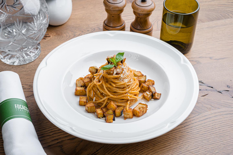 Классическая неаполитанская паста «Алио & Олио» с чесноком и оливковым маслом