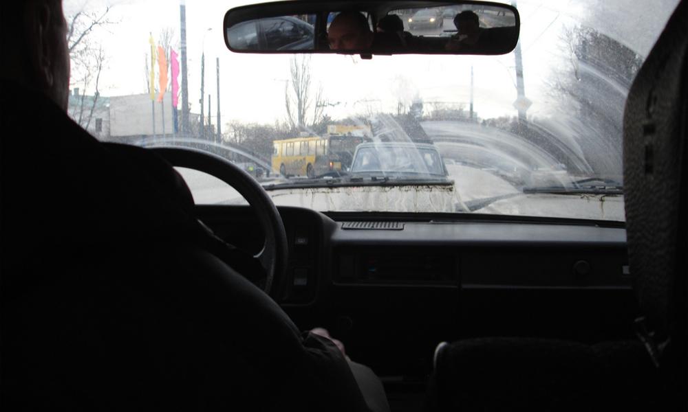 В Москве нелегальные перевозчики зарабатывают 26 млрд рублей в год