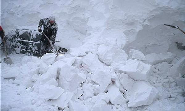 Транскам закрыт для движения из-за снегопада