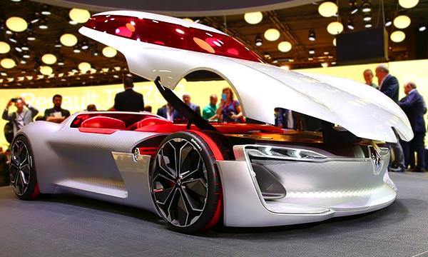 Renault создал автомобиль с самой необычной дверью