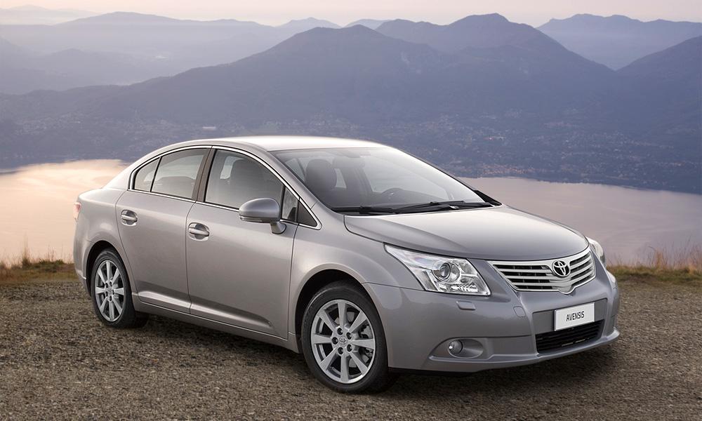 Начинаются продажи новой Toyota Avensis по новым ценам