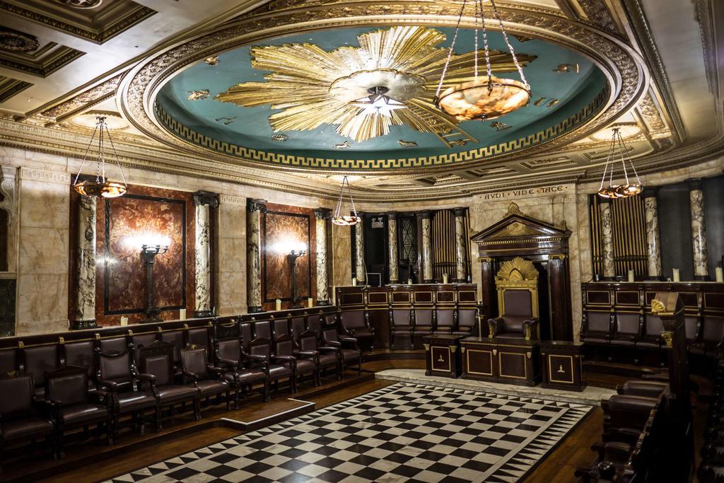 Помещение масонского храма