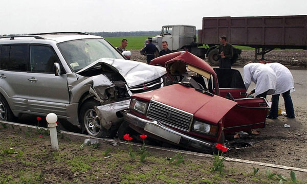 Вчера в России произошло 804 крупных ДТП