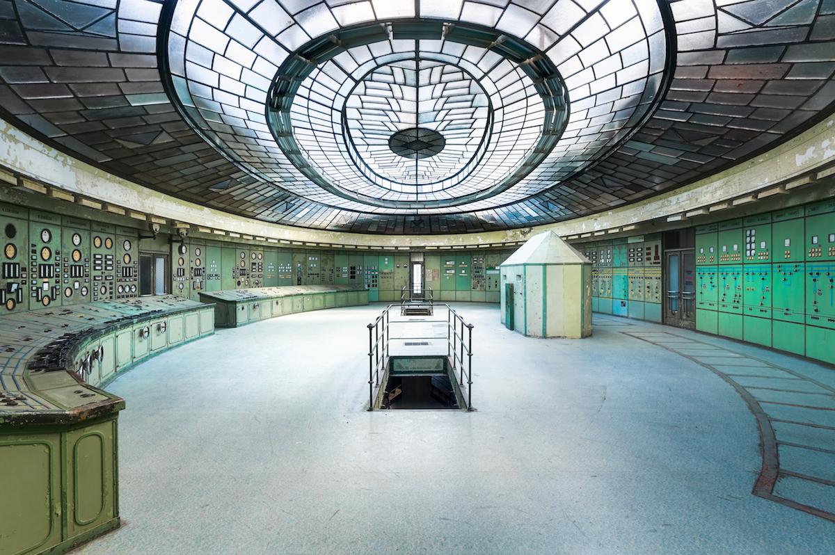 Полузаброшенная электростанция в Будапеште, Венгрия. Категория«Интерьер»