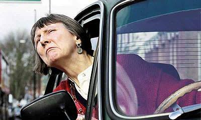 Девять десятых британских водителей ругаются при помощи клаксона