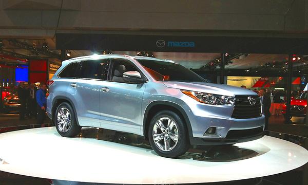 Toyota Highlander стала восьмиместной