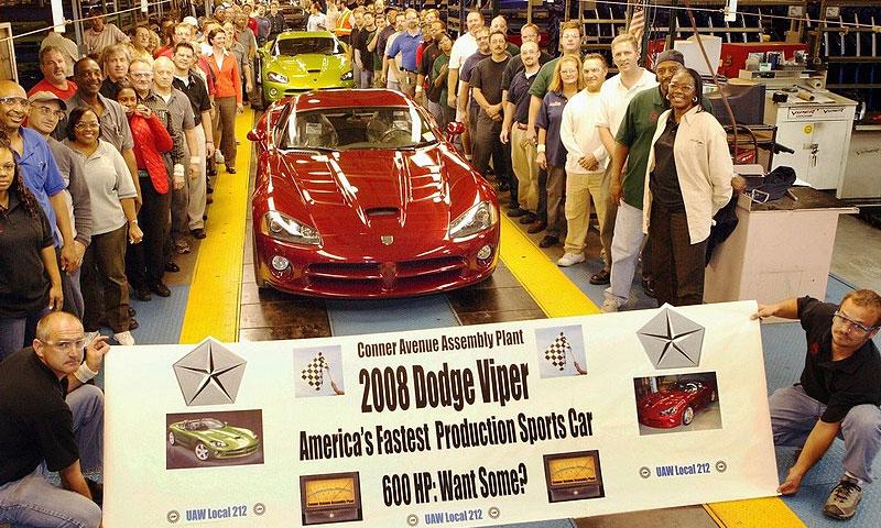 В США началось производство Dodge Viper SRT-10