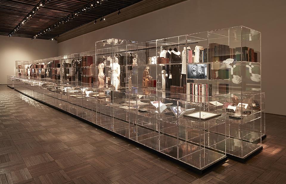 43187fc02c67 Некруговое движение: почему выставки о моде так серьезны :: Впечатления ::  РБК.Стиль
