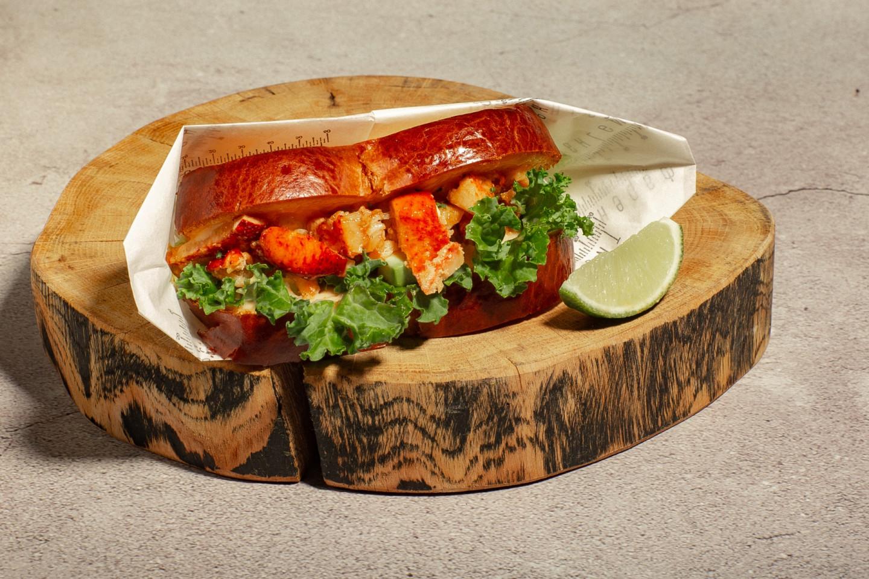 Сендвич с омаром