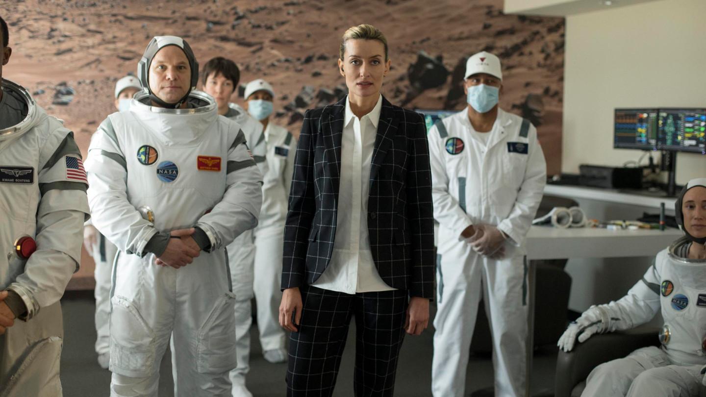 Кадр из сериала «Первые»