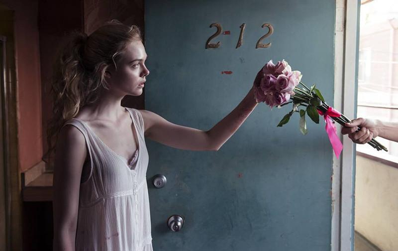 Кадр из фильма«Неоновый демон»