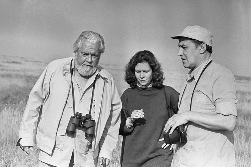 Английский натуралист и писатель Джеральд Даррел, его жена Ли Даррел и Николай Дроздов во время съемок телепрограммы «Охрана окружающей среды в СССР», 1985