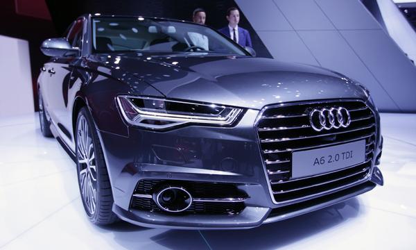 Audi A6 оснастили матричными фарами и новыми моторами