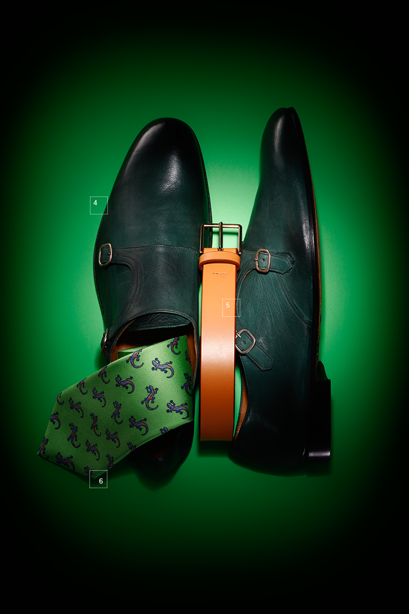 4 | Ботинки-монки из кожи, окрашенной вручную, Doucal's 5 | Ремень, Paul Smith 6 | Шелковый галстук, Etro